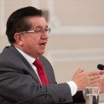 Ministro de Salud de Colombia, Fernando Ruiz Gómez.