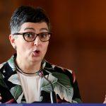 La ministra de Asuntos Exteriores de España, Arancha González, habla durante un encuentro con los medios de comunicación en el Palacio de San Carlos en Bogotá, Colombia, 26 de febrero, 2021. REUTERS/Luisa González