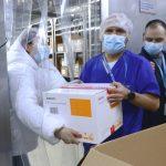 Ya se entregaron 12.026 dosis de Sinovac a Bogotá para adultos mayores de 80 años