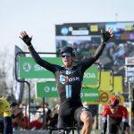 El ciclista neerlandés Cees Bol se quedó con la victoria en la segunda etapa de la París-Niza
