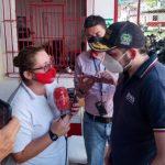 Secretario de Gobierno de Caldas, Jhon Jairo Castaño Flórez y el equipo de Caracol Radio / Óscar M. Ramírez