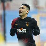 Galatasaray informó que Falcao, tras un choque de cabeza con un compañero en el entrenamiento, sufrió una fractura en los huesos faciales.