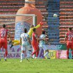 Atlético Nacional y Patriotas Boyacá F.C. en partido por la fecha 19 de la Liga BetPlay DIMAYOR I 2021 jugado en el estadio Atanasio Girardot de Medellín. Foto VizzorImage / Luis Benavides / Cont
