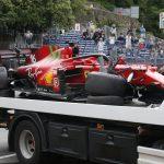 Foto del sábado de la Ferrari de Charles Leclerc tras el choque en el final de la clasificación para el Gran Premio de Mónaco.  May 22, 2021  Pool via REUTERS/Sebastien Nogier