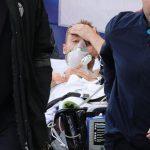 Christian Eriksen de Dinamarca es llevado después de colapsar durante el partido por el Group B de la Euro 2020 Foto vía REUTERS / Friedemann Vogel