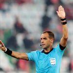 El árbitro uruguayo Esteban Ostojich dirigirá el partido inaugural de Copa América entre Brasil y Venezuela. REUTERS/Mohammed Dabbous