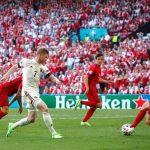 Bélgica le da la vuelta a Dinamarca en la segunda mitad