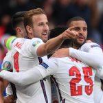 Harry Kane celebra con sus compañeros después de que Raheem Sterling anotara el gol del triunfo de Inglaterra sobre República Checa por la Euro 2020, en el Estadio Wembley, Londres, Inglaterra - Junio 22, 2021 Pool vía REUTERS/Laurence Griffiths
