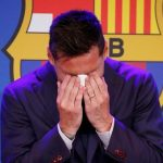 Lionel Messi en la rueda de prensa en la que se despidió del Barcelona.  REUTERS/Albert Gea
