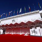 Imagen del Palazzo del Casino el día previo al inicio de la edición 77 del Festival Internacional de Cine de Venecia, el primer gran festival de cine internacional realizado desde el inicio de la pandemia del coronavirus, en Venecia, Italia. 1 de septiembre, 2020. REUTERS/Yara Nardi