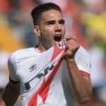 Tres minutos después, nada más entrar al campo, Radamel Falcao rubricaba el 3-0, en su debut.