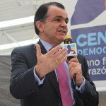 Óscar Iván Zuluaga,precandidato presidencial por el Centro Democrático