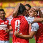 Independiente Santa Fe y Envigado F. C. en partido de la fecha 11 por la Liga BetPlay DIMAYOR II 2021 en el estadio Nemesio Camacho El Campin de la ciudad de Bogotá. Foto: VizzorImage / Samuel Norato / Cont