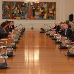 Presidente Santos lidera reunión de la Comisión Asesora de Paz08_04_15