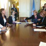 En Ginebra (Suiza), la Canciller María Ángela Holguín con el Alto Comisionado de las Naciones Unidas para los Derechos Humanos, Zeid Ra'ad Zeid Al Hussein.