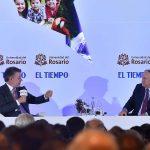 Durante la conferencia 'El futuro de un país en paz', el Presidente Juan Manuel Santos expresó su confianza en que el pueblo colombiano respaldará el referendo como mecanismo refrendador.