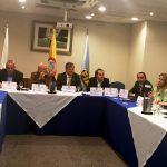 Miembros en la asamblea de la Federación Colombiana de Automovilismo.