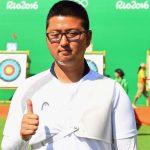 Kim Woojin posa frente al objetivo después de registrar el primer récord mundial de Rio 2016
