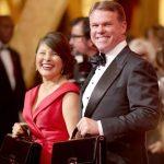 Martha L. Ruiz y Brian Cullinan posaron así de sonrientes en la alfombra roja