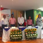 Ministro Gil en graduación de Familias Fuertes en Soacha