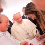 encuentro entre la Ministra Giha y el Papa Francisco en Medellín 2017-09-09 at 2.14.51 PM (2)
