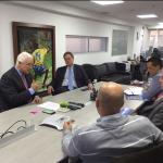 Jorge Perdomo, presidente de Dimayor y Ramón Jesurún, presidente de la SeleccionCol se reunieron con los representantes de acolfutpro2017-11-22 (1)