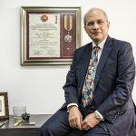 Gustavo Quintero, decano de la Escuela de Medicina y Ciencias de la Salud de la Universidad del Rosario. foto Alberto Sierra.