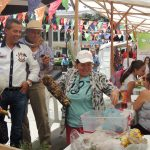 en el mercado campesino los productores vendieron de todo.
