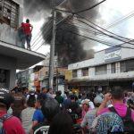 Incendio en fábrica de pinturas de Medellín / Foto: Cortesía
