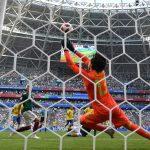 Brasil le gano a Mexico 2-0E