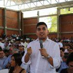 Ministro de Vivienda, Jonathan Malagón, durante su intervención en el segundo taller Construyendo País. Foto: Sharon Durán (MVCT).