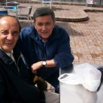 Humberto Salcedo Jr. (q.e.p.d.), izquierda, acompañado por Edgar Hozzman.
