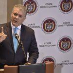 No se puede limitar el uso de las herramientas para combatir el narcotráfico, que amenaza y puede afectar la capacidad del Estado de proteger la integridad territorial y los derechos de muchos colombianos, dijo el Presidente en la Corte Constitucional.