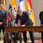 El Presidente Iván Duque estampa su firma en la Declaración de Santiago, documento que le da vida al Foro para el Progreso de América del Sur (PROSUR), del cual hacen parte, también, Argentina, Brasil, Chile, Ecuador, Paraguay, Perú y Guyana